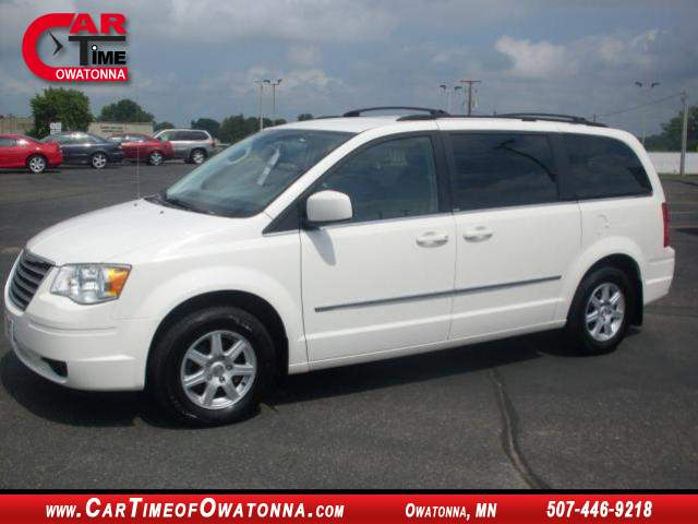 Title #www.dealerpacim.net/vehicle_images/mncartime/0015309/00010_2010-chrysler-town-country-15309.jpg