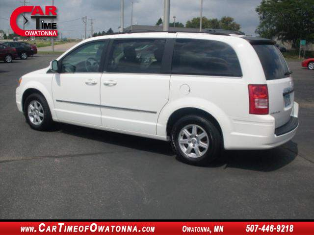 Title #www.dealerpacim.net/vehicle_images/mncartime/0015309/00030_2010-chrysler-town-country-15309.jpg