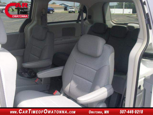 Title #www.dealerpacim.net/vehicle_images/mncartime/0015309/00080_2010-chrysler-town-country-15309.jpg