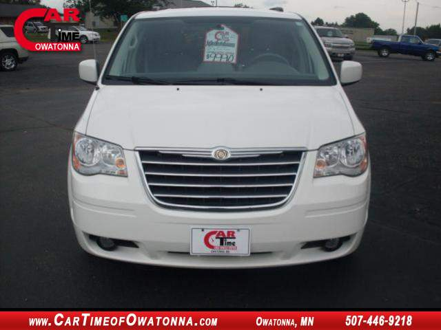 Title #www.dealerpacim.net/vehicle_images/mncartime/0015415/00040_2010-chrysler-town-country-15415.jpg