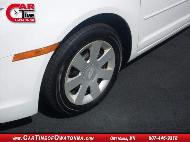 Title #www.dealerpacim.net/vehicle_images/mncartime/0015678/00060_2006-ford-fusion-15678.jpg