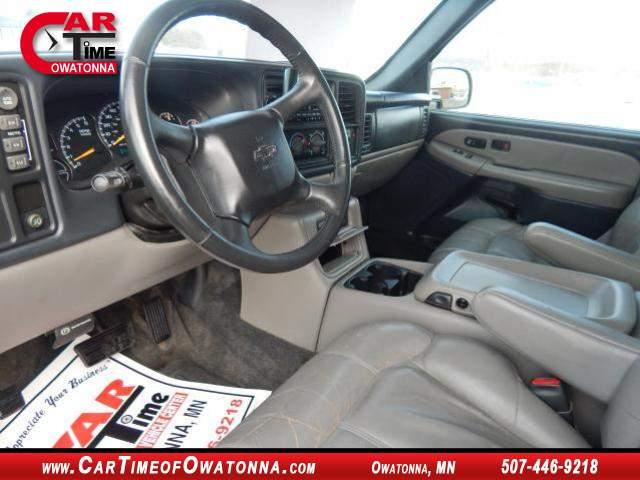 Title #www.dealerpacim.net/vehicle_images/mncartime/0017921/00060_2000-chevrolet-suburban-17921.jpg