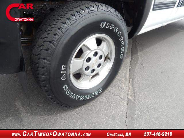 Title #www.dealerpacim.net/vehicle_images/mncartime/0019502/00050_2000-chevrolet-silverado-19502.jpg