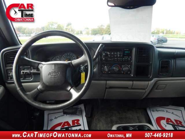 Title #www.dealerpacim.net/vehicle_images/mncartime/0021333/00110_2001-chevrolet-tahoe-21333.jpg