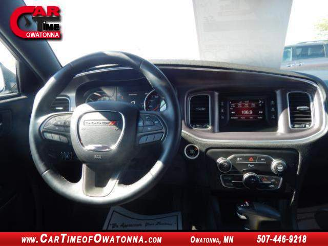 2015 dodge charger se at car time of owatonna 507 446 9218. Black Bedroom Furniture Sets. Home Design Ideas