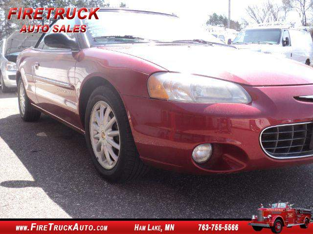 Title #www.dealerpacim.net/vehicle_images/mnfiretruck/0023717/0002_8t2x.jpg