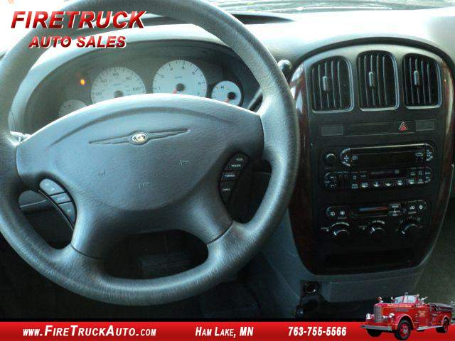 Title #www.dealerpacim.net/vehicle_images/mnfiretruck/0025691/0007_f77s.jpg
