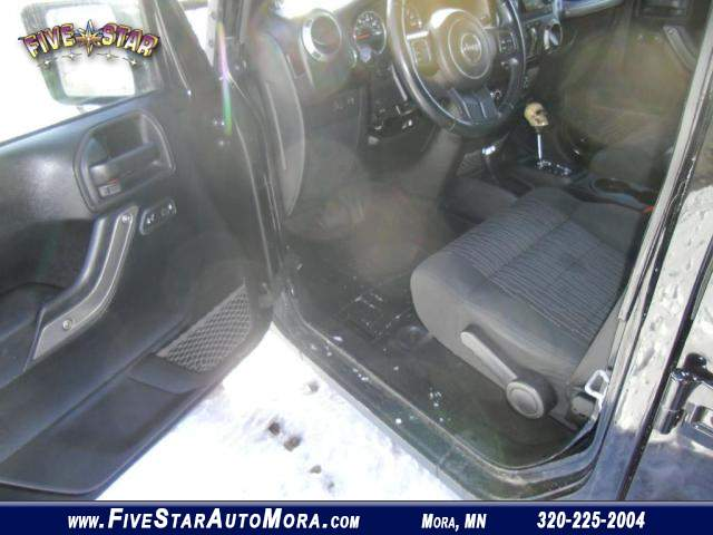 Title #www.dealerpacim.net/vehicle_images/mnfivestar/0019180/0004_m384.jpg