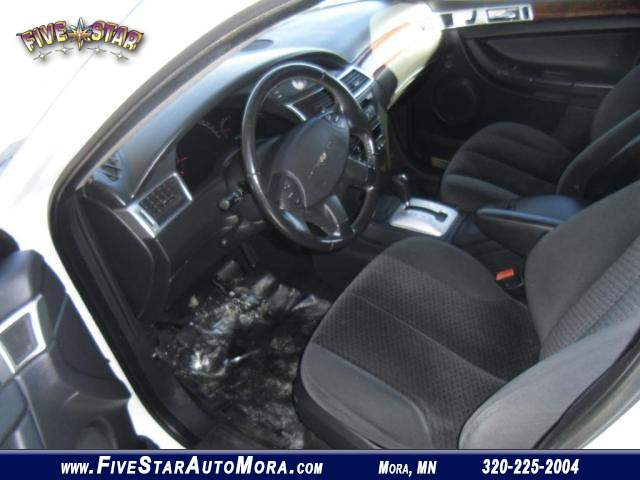 Title #www.dealerpacim.net/vehicle_images/mnfivestar/0022151/0011_fy8v.jpg