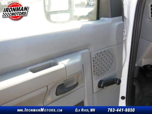Title #www.dealerpacim.net/vehicle_images/mnironman/0013051/00110_2011-ford-e150-13051.jpg