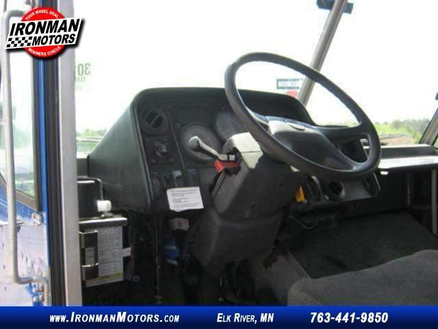 Title #www.dealerpacim.net/vehicle_images/mnironman/0014181/00200_2006-utilimaster-freightliner-mt45-14181.jpg