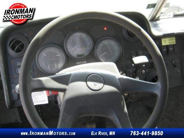 Title #www.dealerpacim.net/vehicle_images/mnironman/0014181/00210_2006-utilimaster-freightliner-mt45-14181.jpg
