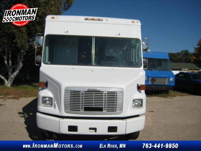 Title #www.dealerpacim.net/vehicle_images/mnironman/0016430/00010_2001-freightliner-ultilimaster-mt45-16430.jpg