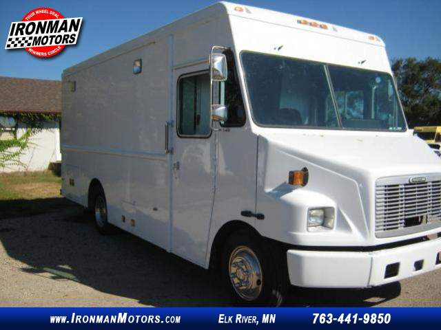 Title #www.dealerpacim.net/vehicle_images/mnironman/0016430/00020_2001-freightliner-ultilimaster-mt45-16430.jpg