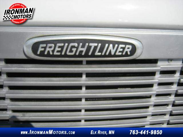 Title #www.dealerpacim.net/vehicle_images/mnironman/0016430/00080_2001-freightliner-ultilimaster-mt45-16430.jpg