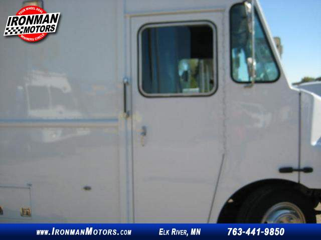 Title #www.dealerpacim.net/vehicle_images/mnironman/0016430/00170_2001-freightliner-ultilimaster-mt45-16430.jpg