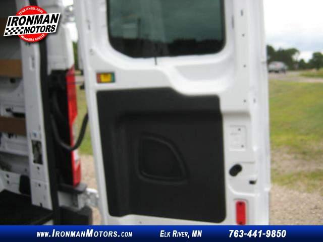 Title #www.dealerpacim.net/vehicle_images/mnironman/0020513/00230_2016-ford-transit-250-20513.jpg