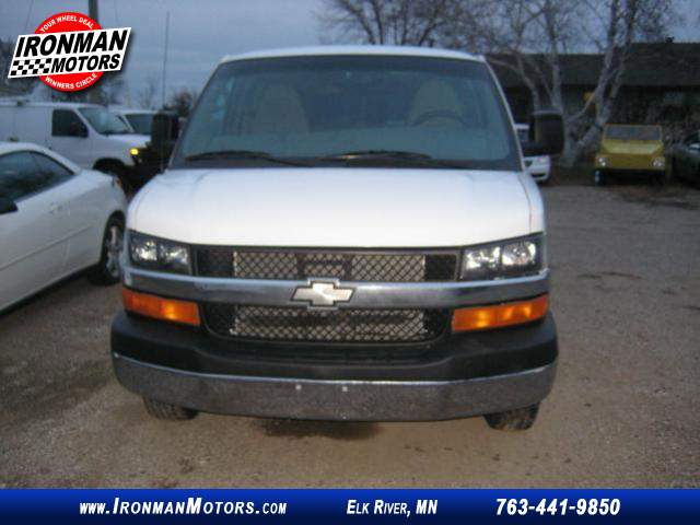 Title #www.dealerpacim.net/vehicle_images/mnironman/0022043/00010_2013-chevrolet-express-22043.jpg