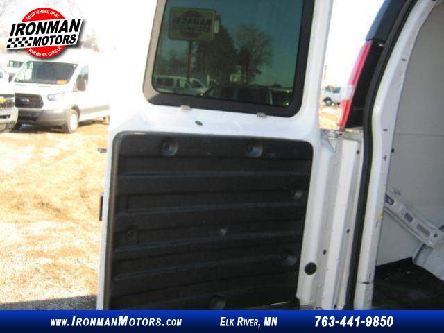 Title #www.dealerpacim.net/vehicle_images/mnironman/0023166/00150_2013-chevrolet-express-23166.jpg