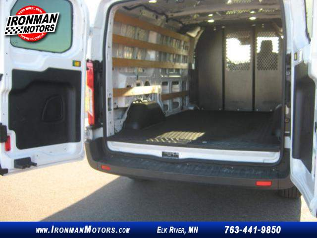 Title #www.dealerpacim.net/vehicle_images/mnironman/0025723/00180_2017-ford-transit-van-25723.jpg