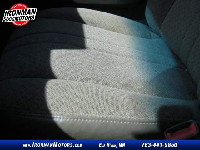 Title #www.dealerpacim.net/vehicle_images/mnironman/0027149/00130_2010-chevrolet-express-27149.jpg