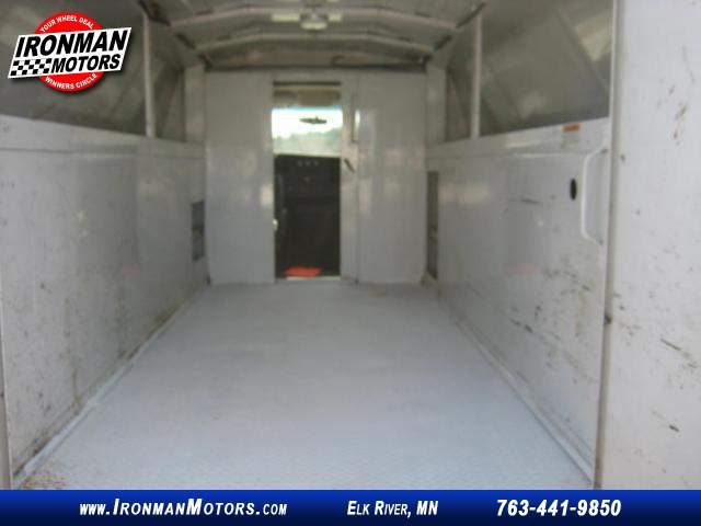 Title #www.dealerpacim.net/vehicle_images/mnironman/0027149/00350_2010-chevrolet-express-27149.jpg