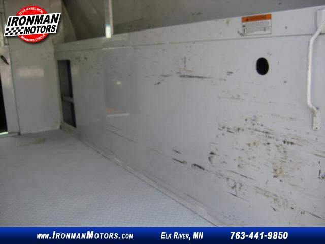 Title #www.dealerpacim.net/vehicle_images/mnironman/0027149/00370_2010-chevrolet-express-27149.jpg