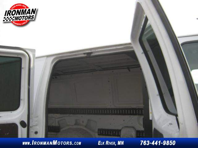 Title #www.dealerpacim.net/vehicle_images/mnironman/0032203/00210_2013-ford-e350-32203.jpg