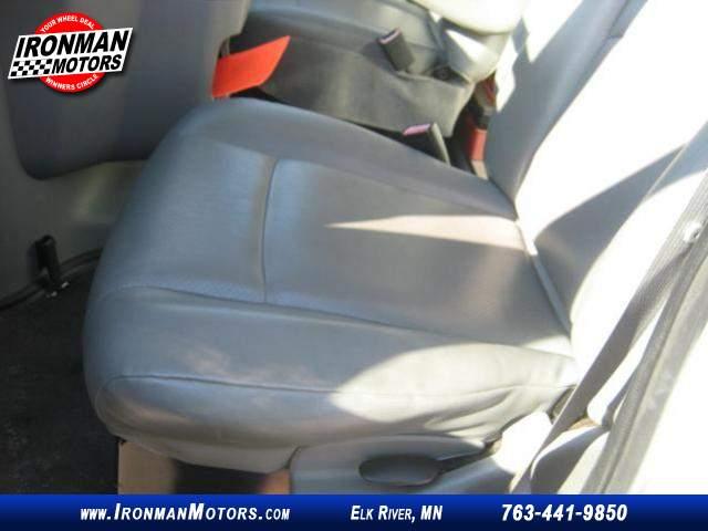 Title #www.dealerpacim.net/vehicle_images/mnironman/0032346/00090_2012-ford-e350-32346.jpg