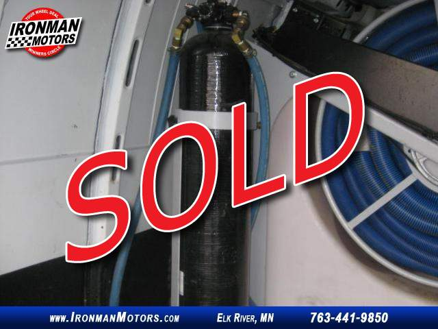 Title #www.dealerpacim.net/vehicle_images/mnironman/0032607/00200_2017-chevrolet-express-3500-32607.jpg