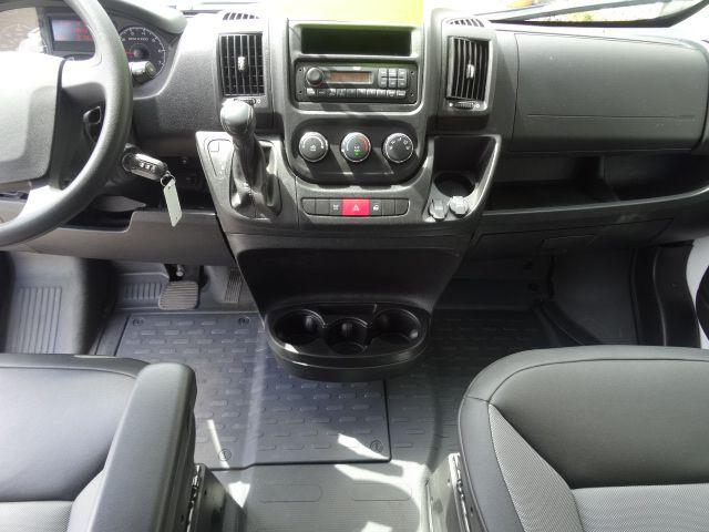 Title #www.dealerpacim.net/vehicle_images/mnkingsauto/0024133/0006_va25.jpg