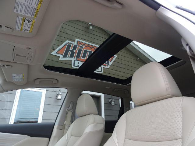 Title #www.dealerpacim.net/vehicle_images/mnkingsauto/0025215/0017_srbo.jpg