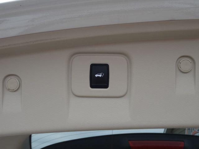 Title #www.dealerpacim.net/vehicle_images/mnkingsauto/0025215/0020_srbo.jpg