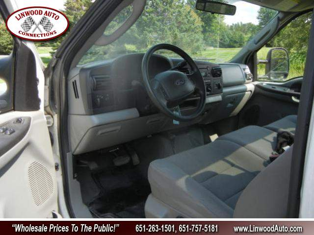 Title #www.dealerpacim.net/vehicle_images/mnlinwood/0020745/00090_2005-ford-f-350-20745.jpg