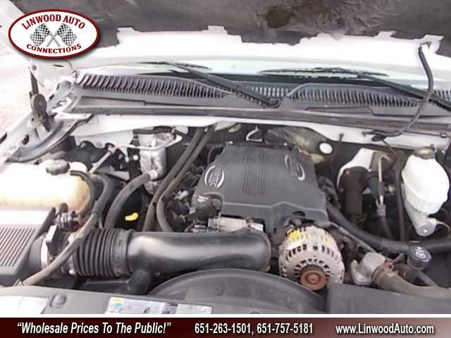 Title #www.dealerpacim.net/vehicle_images/mnlinwood/0030220/00160_2003-chevrolet-silverado-30220.jpg