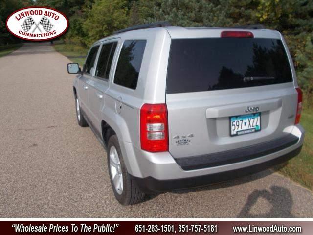 Title #www.dealerpacim.net/vehicle_images/mnlinwood/0031869/00070_2011-jeep-patriot-31869.jpg