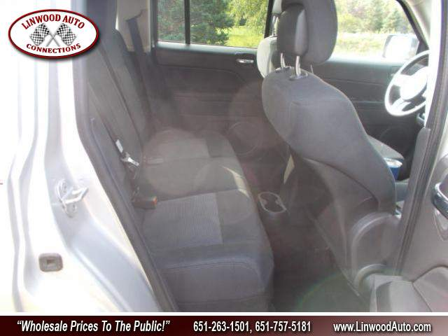 Title #www.dealerpacim.net/vehicle_images/mnlinwood/0031869/00090_2011-jeep-patriot-31869.jpg