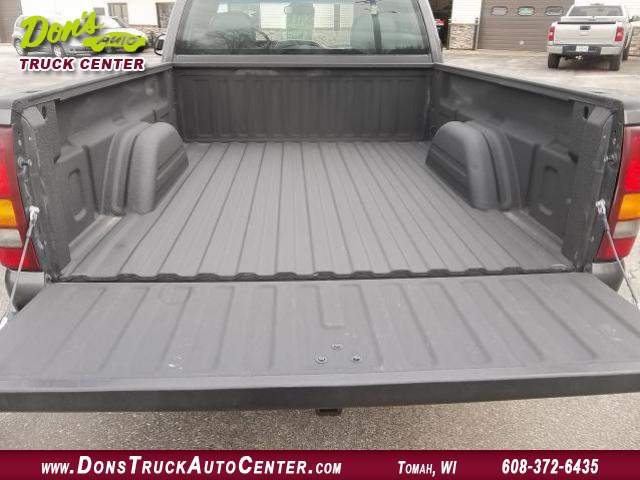 Title #www.dealerpacim.net/vehicle_images/widonsauto/0023719/00040_2001-chevrolet-silverado-reg-cab-4x2-23719.jpg