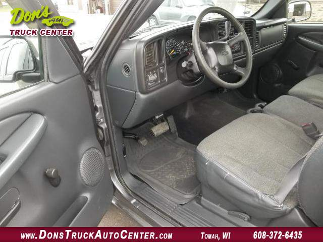 Title #www.dealerpacim.net/vehicle_images/widonsauto/0023719/00050_2001-chevrolet-silverado-reg-cab-4x2-23719.jpg