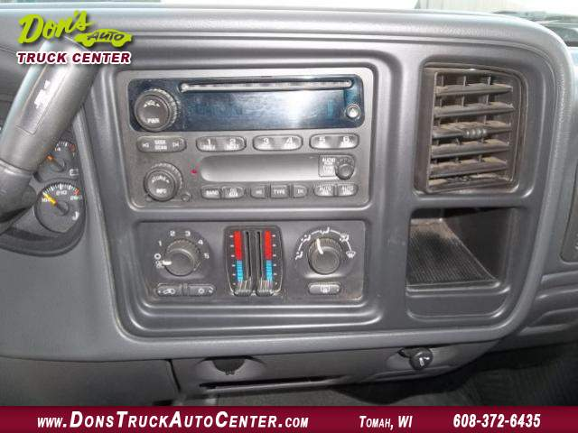 Title #www.dealerpacim.net/vehicle_images/widonsauto/0023996/00130_2006-chevrolet-silverado-12-ton-4x4-23996.jpg