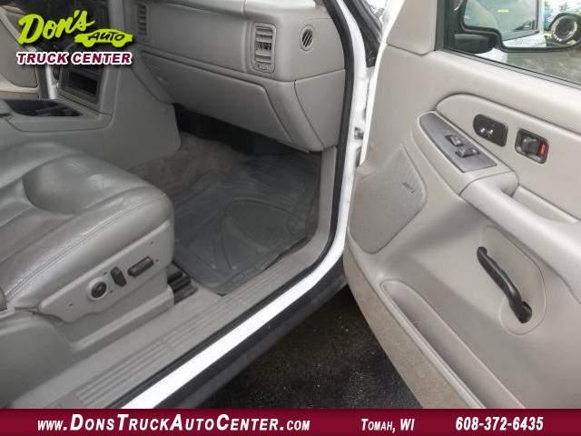 Title #www.dealerpacim.net/vehicle_images/widonsauto/0024438/00110_2005-chevrolet-silverado-12-ton-crewcab-24438.jpg