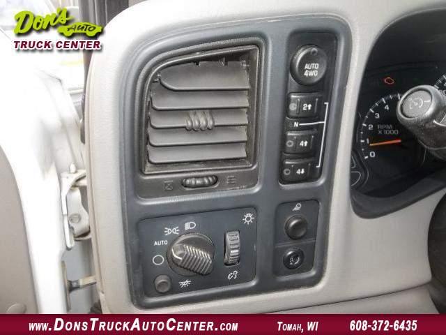 Title #www.dealerpacim.net/vehicle_images/widonsauto/0024438/00120_2005-chevrolet-silverado-12-ton-crewcab-24438.jpg