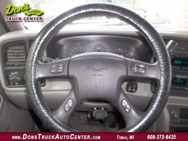 Title #www.dealerpacim.net/vehicle_images/widonsauto/0024438/00130_2005-chevrolet-silverado-12-ton-crewcab-24438.jpg