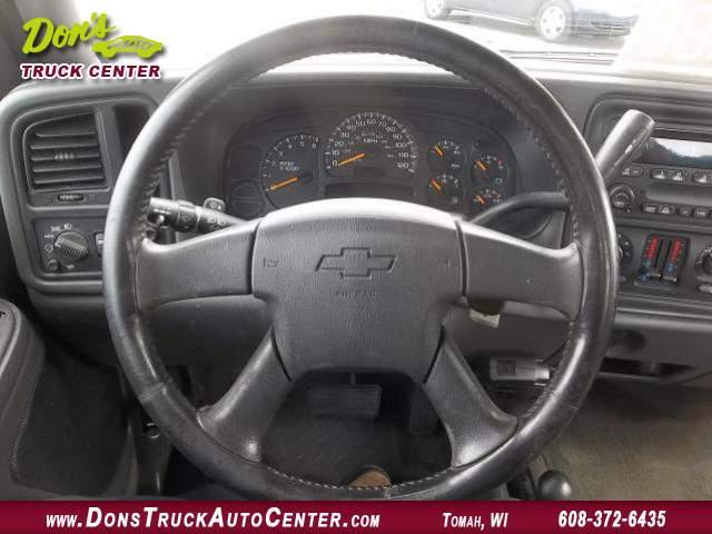 Title #www.dealerpacim.net/vehicle_images/widonsauto/0024849/00090_2005-chevrolet-silverado-12-ton-24849.jpg